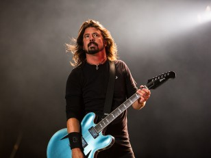 foo-fighters-01