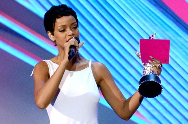 imagen Rihanna se lleva el MTV Video Music Awards al mejor vídeo del año