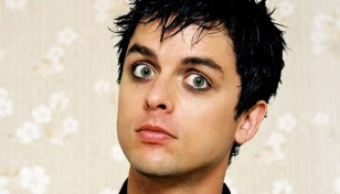 Billie_Joe_Armstrong_Besthdwallpaper_Com__1024x768_2022