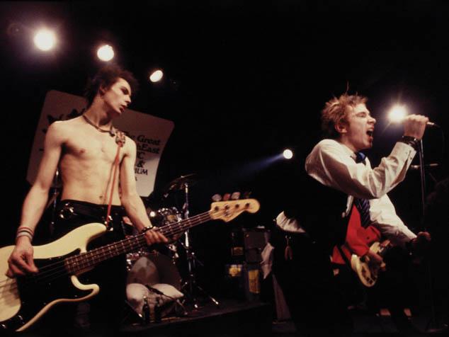 """imagen Escucha una versión inédita de la canción """"Belsen Was a Gas"""" de Sex Pistols"""