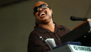 StevieWonder_2HR