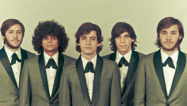 imagen ¡Los Mesoneros, Viniloversus, Ulises Hadjis, Chino y Nacho nominados a los Grammy Latinos!