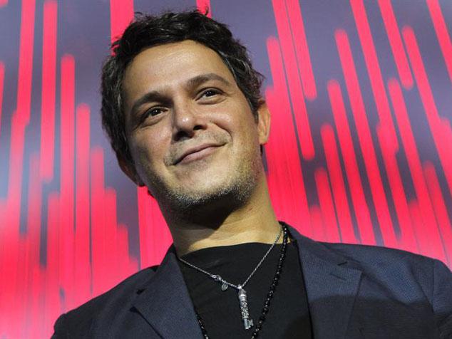 Alejandro Sanz Estrena Videoclip De Se Vende Cochinopop