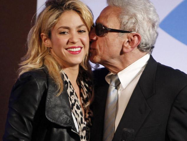 imagen Shakira graba canción con su padre