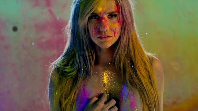 """imagen Ke$ha mantiene sus señas en """"Die Young"""", primer single del álbum """"Warrior"""""""