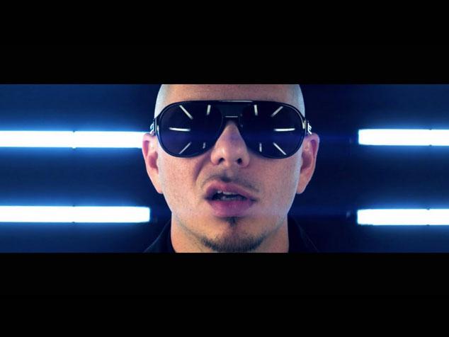 imagen Albert Manrique: Y así es como Pitbull daña una canción venezolana