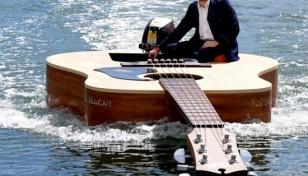 87a09_guitar-boat_kzhvv_52