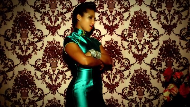 imagen Alicia Keys estrena el video de 'Girl on Fire'
