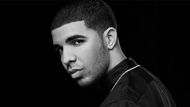 imagen ¡Eso! ¡Drake se graduó de bachiller!