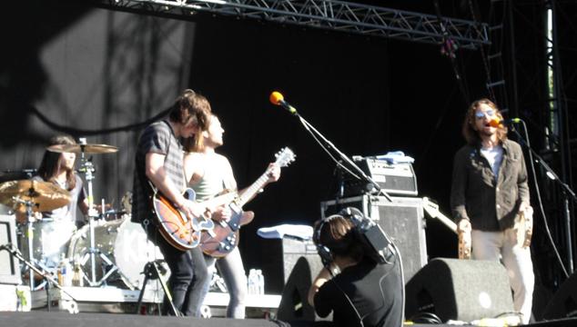 imagen ¡Mira a Eddie Vedder tocar junto a Kings of Leon! (VIDEO)
