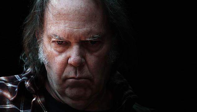 """imagen Neil Young atenderá preguntas por Twitter por su disco """"Psychedelic pill"""" (+ NUEVO VIDEO)"""
