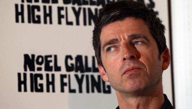 imagen Noel Gallagher dice que no anda con otros músicos porque son unos idiotas