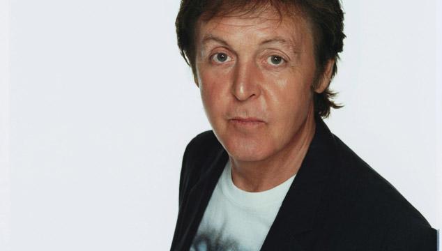 imagen Paul McCartney graba nuevas canciones junto a Ethan Johns y Mark Ronson