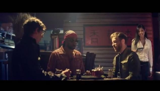 """imagen The Black Keys y RZA se pelean en el video de """"The Baddest Man Alive"""""""