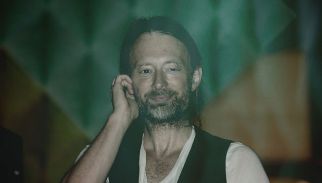 imagen Thom Yorke se disfrazó de Daft Punk en una fiesta de Halloween (FOTO)