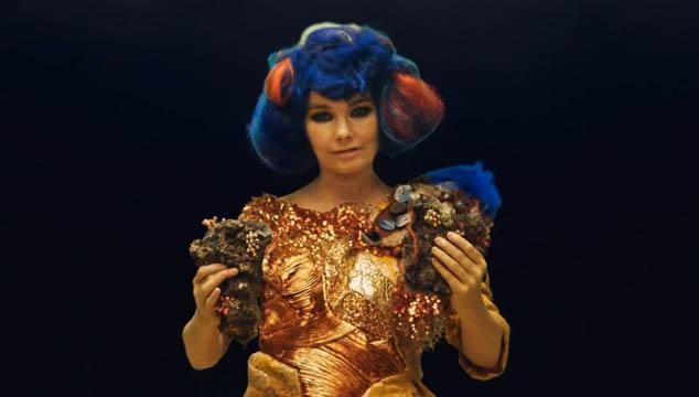 """imagen Björk estrena el video para su canción """"Mutual Core"""""""