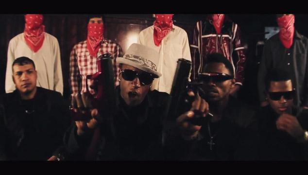 imagen Armas, sangre y malandreo protagonizan el nuevo video de Reke