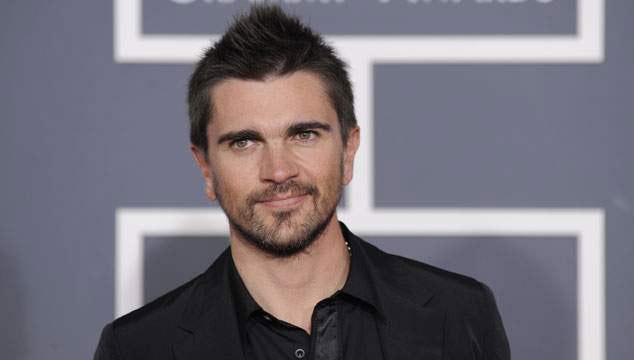"""imagen Juanes recibe en Las Vegas el disco de oro por su """"MTV Unplugged"""""""