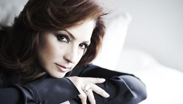 imagen Gloria Estefan pide ayuda en redes sociales para elegir título de nuevo disco