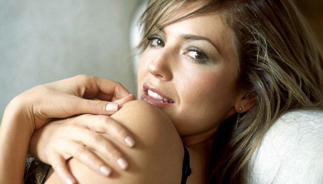 imagen Thalía afirma que cantará en portugués en 2013