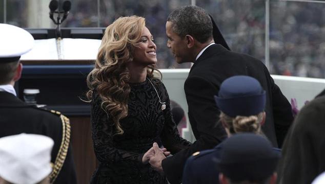 imagen Beyoncé entonó el himno de Estados Unidos en la investidura de Obama (VIDEO)