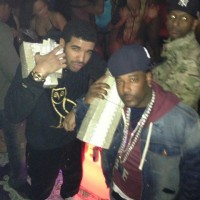 drake-strip-club-money-photos-027-480w