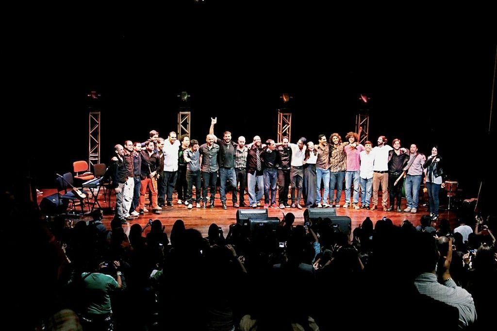 """imagen NUEVA MÚSICA: Rock And MAU presenta """"La Casa"""" de Caramelos de Cianuro"""