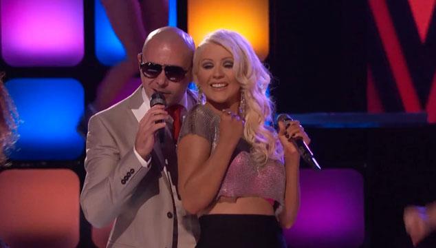 "imagen Christina Aguilera y Pitbull cantan ""Feel This Moment"" en The Voice"