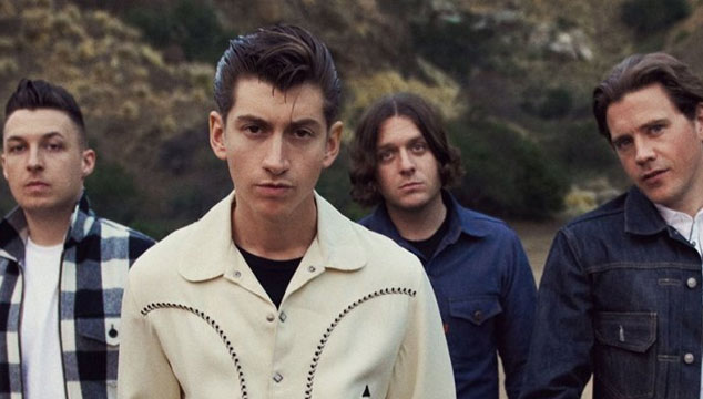 "imagen Escucha el nuevo tema de Arctic Monkeys, ""Why'd You Only Call Me When You're High?"""