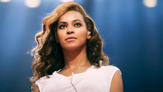 imagen El incidente que casi deja a Beyonce calva (VIDEO)