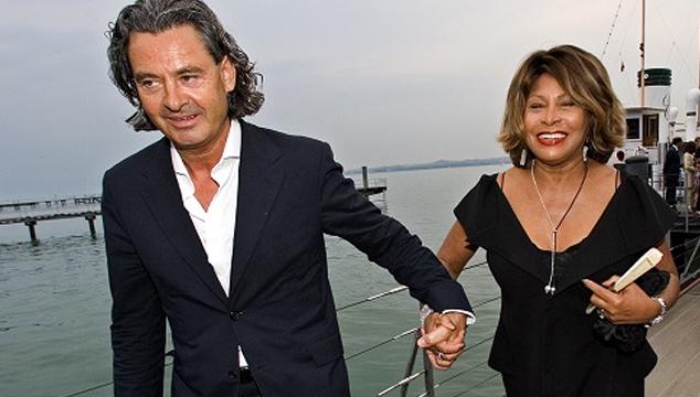 imagen COCHISMES: Tina Turner se viste de verde para su boda con Erwin Bach
