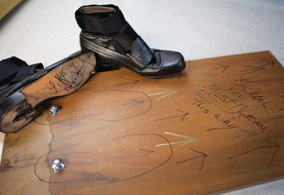 4-Michael-Jackson's-Anti-Gravity-Shoes
