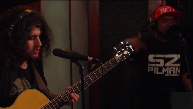 "imagen Bioshaft estrena video en vivo y acústico junto al rapero Truko y Percucello: ""Blackbandaid"""