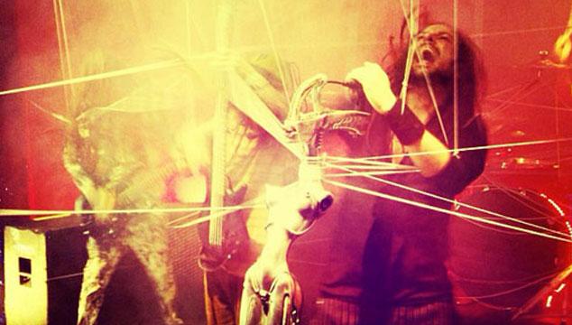 """imagen Publican adelanto de """"Love and Meth"""", un nuevo tema de Korn"""