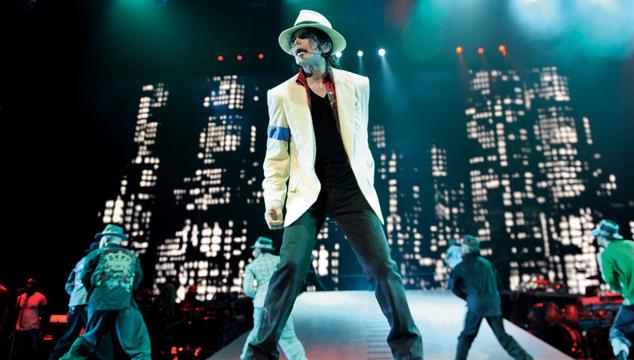 """imagen Kenny Ortega, director de """"This is it"""", culpa al propio Michael Jackson por descuidar su salud"""