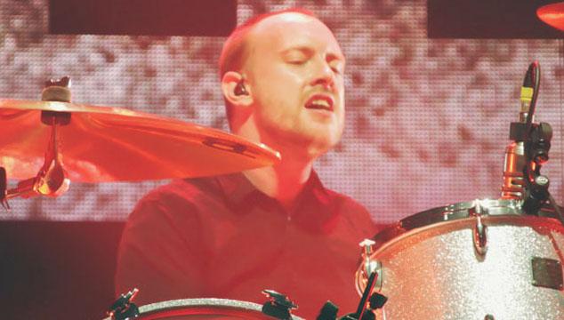 imagen El baterista de Paramore sufre grave accidente