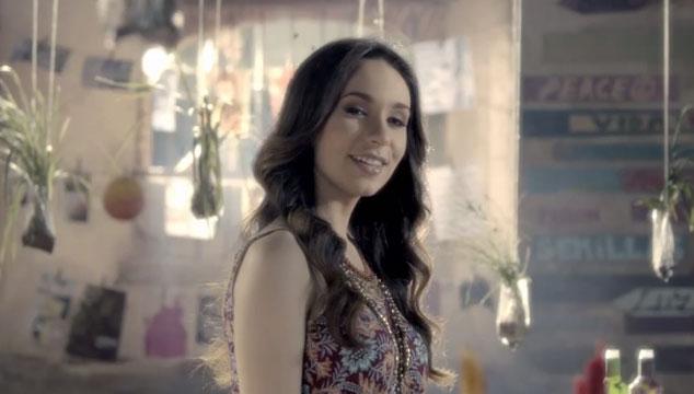 """imagen Anaís Vivas estrena el videoclip para su tema """"Por el resto de mi vida"""""""
