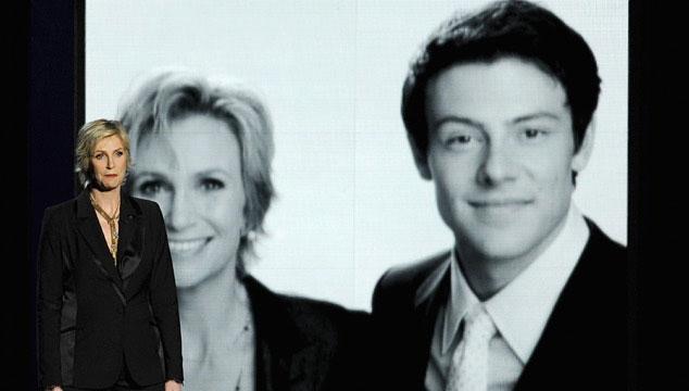 imagen Homenaje a Cory Monteith de Glee en los Emmys termina en polémica (VIDEO)