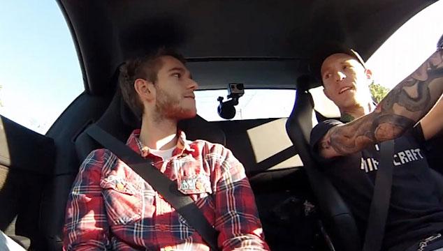 imagen Deadmau5 entrevista a Zedd en un Ferrari a toda velocidad