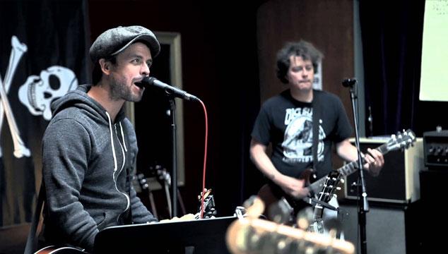 imagen Green Day estrena segundo teaser de su próximo DVD '¡Cuatro!'