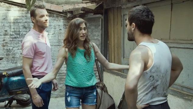 "imagen Melendi estrena videoclip para ""Cheque al portamor"""