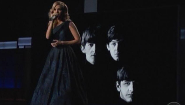 "imagen Carrie Underwood versiona ""Yesterday"" de The Beatles en los Emmys (VIDEO)"