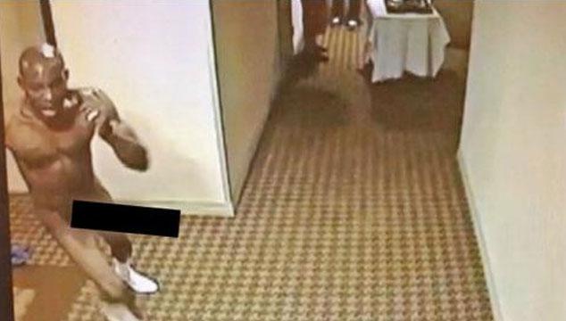 imagen El rapero DMX fue filmado corriendo desnudo por el pasillo de un hotel sin razón alguna (VIDEO)
