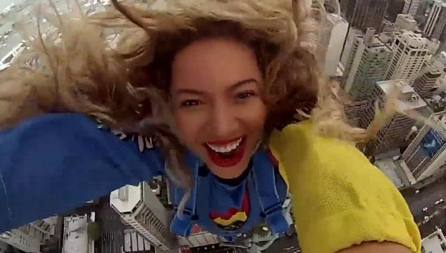 imagen Beyoncé saltó de un edificio de casi 200 metros de altura y lo grabó todo en video
