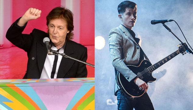 imagen Arctic Monkeys y Paul McCartney tocan en el show de Jools Holland (VIDEO)
