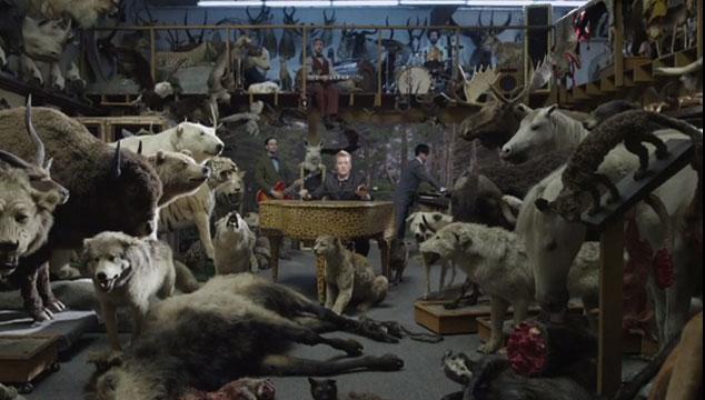 """imagen Queens of the Stone Age muestra un adelanto de su nuevo video """"The Vampyre of Time and Memory"""""""