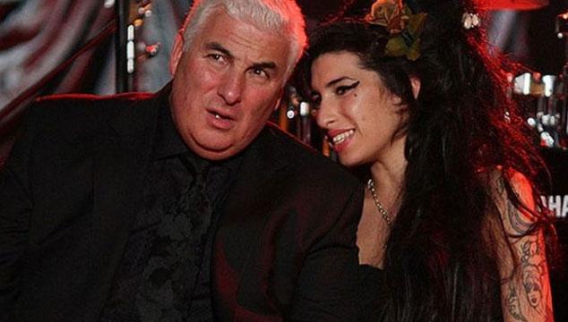 imagen El padre de Amy Winehouse no permitirá que hagan una película sobre la vida de su hija