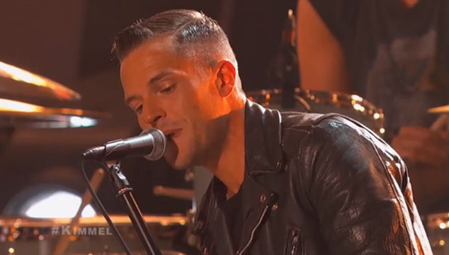 "imagen The Killers toca ""Shot at the night"" en el show de Jimmy Kimmel (VIDEO)"