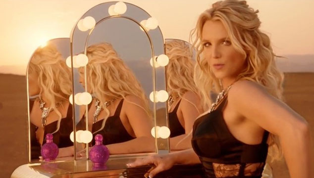 """imagen Britney Spears estrena el lyric video de """"Perfume"""", su nuevo sencillo"""