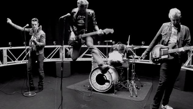 """imagen Franz Ferdinand estrena el mareante videoclip de """"Bullet"""""""